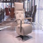 img633-1.jpg Staopstoel-Staopfauteuil-Relaxfauteuil-QTM-Up-Gealux-Design-Meubels-Outlet-Woonwinkel-IJsselstein-Utrecht-Opruiming-Polo-Leder-Beige
